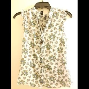 NWT! Mango sleeveless floral top with ruffles!!🤩